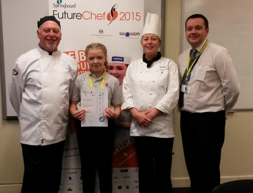 Ellie Morgan winner with judges