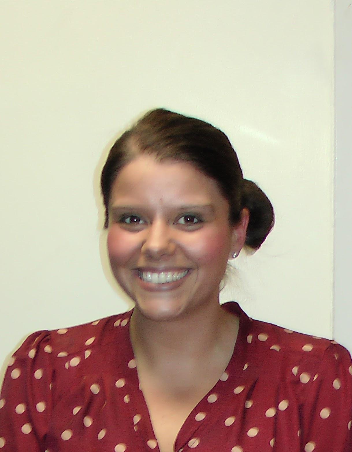Mrs L. Cossey : Lead Practitioner/English Teacher