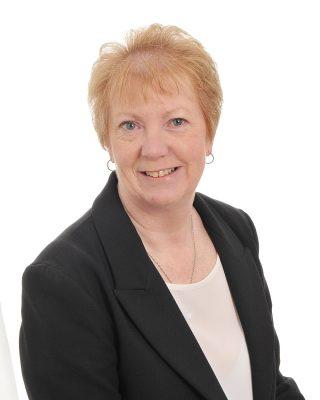 Rita Johnson : Receptionist
