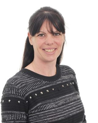 Stefanie Price : Teaching Assistant - Secondary