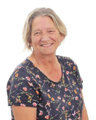 Brenda Stone : Teaching Assistant - Secondary