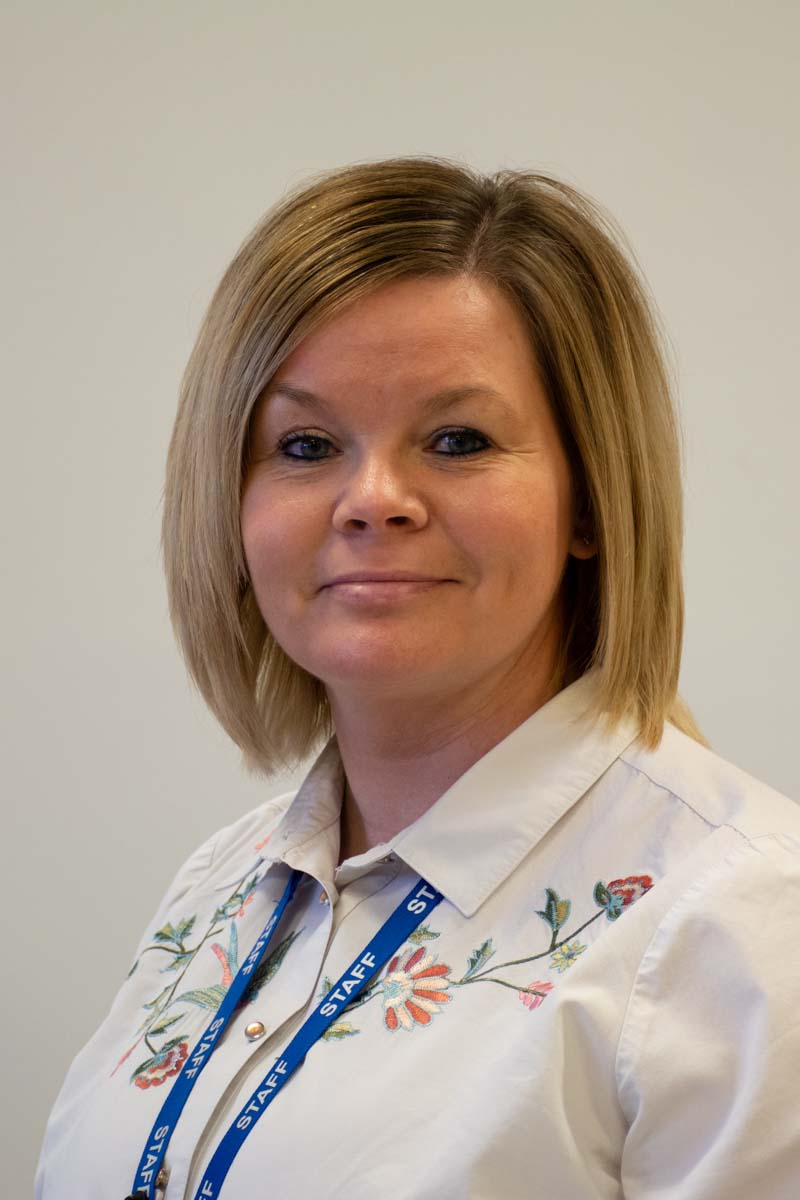 Mrs Felgate : Pastoral Lead