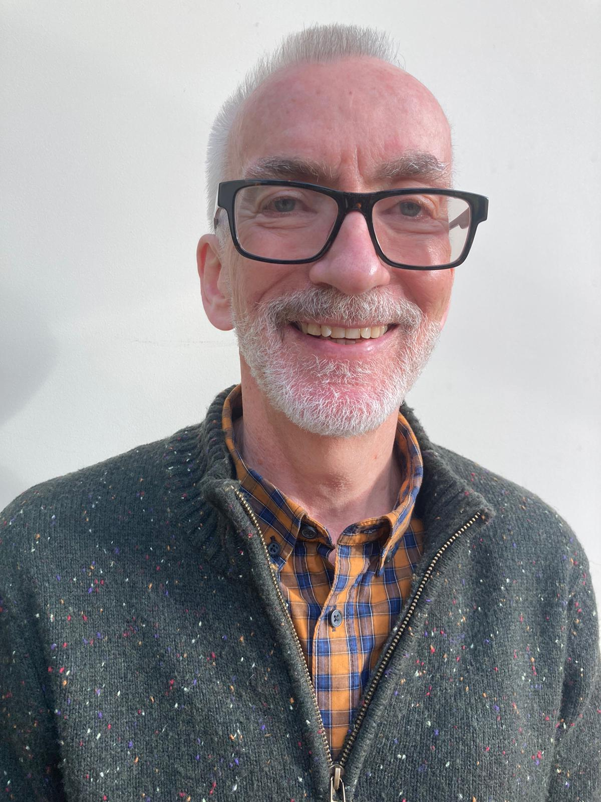 Stuart Robertson :
