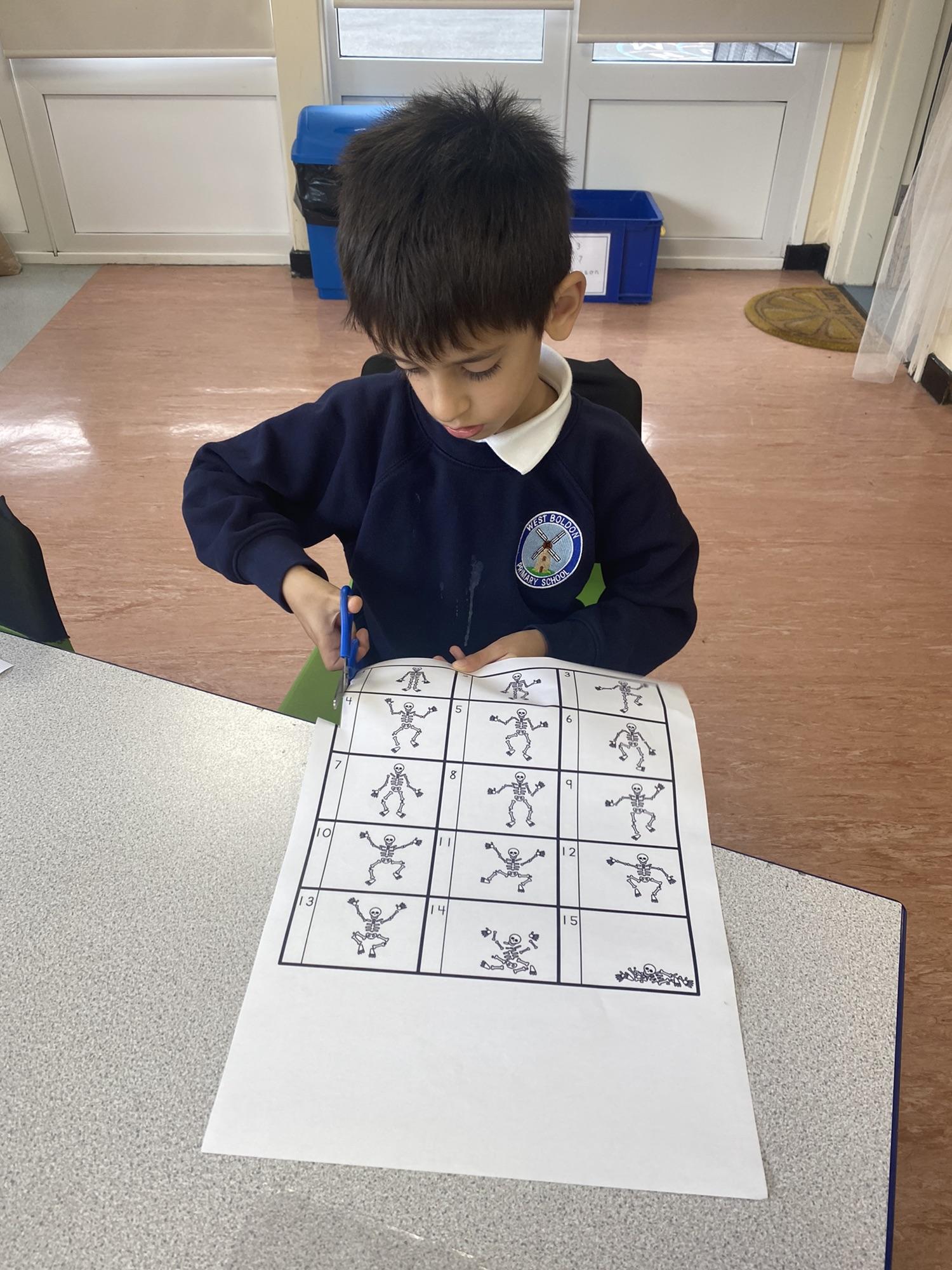 Children creating flipbooks