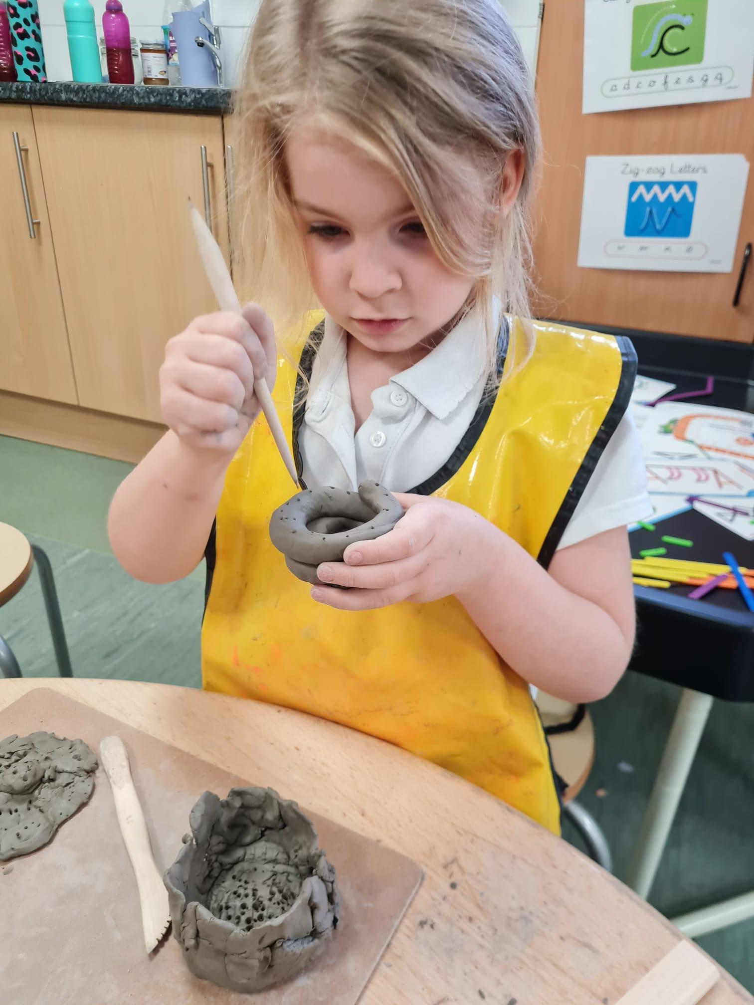 y1 making clay pots